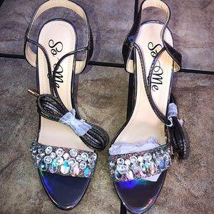 Brand new 5in stilettos:) never worn!  Size 9
